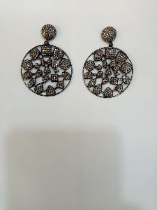 Round Shaped Silver Stone Earrings
