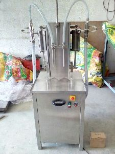 Pneumatic Single Head Liquid Filling Machine