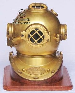 Divers Helmet With Base