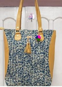 Printed Fabric Shoulder Bags