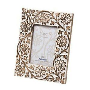 Wooden Flower Design Photo Frame