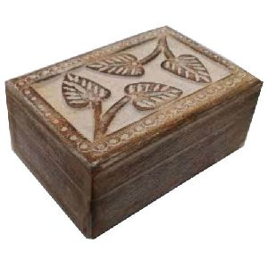 Wooden Leaf Design Box