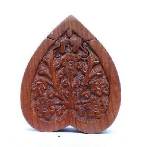 Wooden Paan Leaf Shaped Puzzle Box