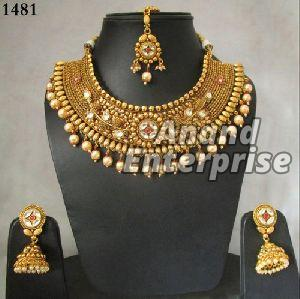 Traditional Imitation Necklace