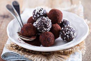 Homemade Dates Chocolate