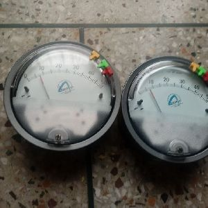 Aerosense Model ASG-07 Differential Pressure Gauge Range 0-7.0 Inch