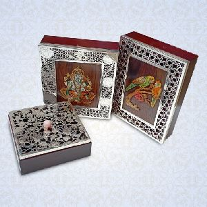 Wedding Invitation Card Box 05