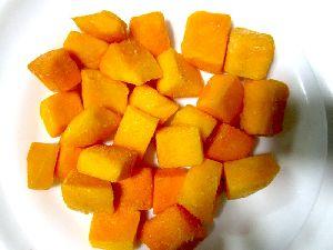 Frozen Alphonso Mango Chunks