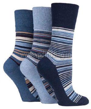 Ladies Striped Socks 02