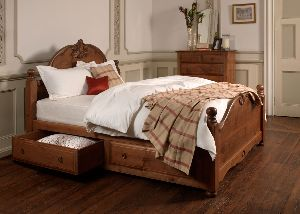 Wooden Luxury Bed