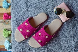 Ladies Embroidered Footwear 04