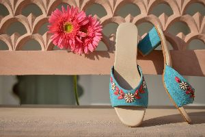Ladies Embroidered Footwear 10