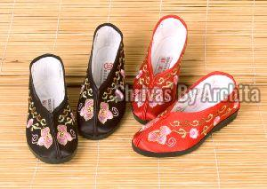 Embroidered Kids Footwear -2