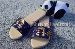 Ladies Embroidered Footwear 09
