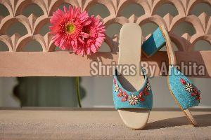 Ladies Embroidered Footwear 10