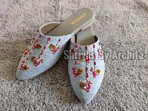 Ladies Embroidered Footwear 23