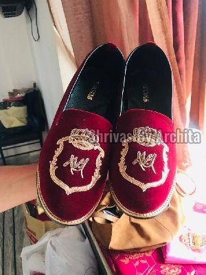 Mens Embroidered Footwear 01