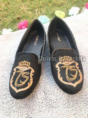 Mens Embroidered Footwear 04