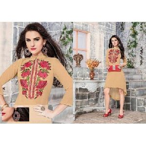 Ladies Embroidered Designer Kurti