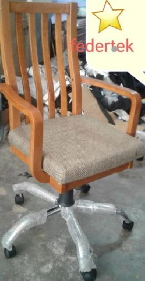 Boss Chair 05