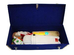 GACR-00112 Cricket Coffin Felt Covered