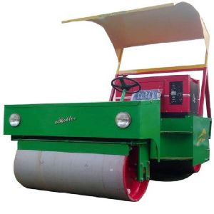 GAM-0017 Cricket Pitch Diesel cum Electric Roller (1.5 Ton Capacity)