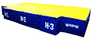 GAMT-001 High Jump Landing Pit