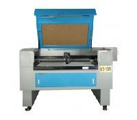 CO2 Laser Engraving Machine (LE201)