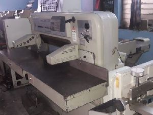 90CE Polar Paper Cutting Machine