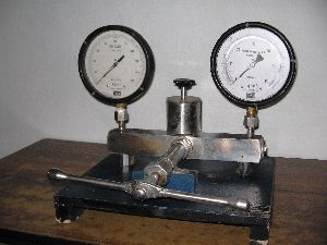 Pressure Calibration System