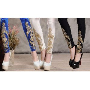 Embroidery Legging