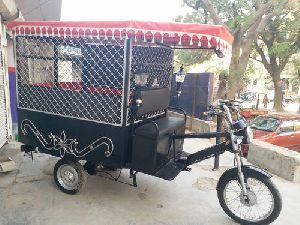 Kaushal Rath Electric Auto Rickshaw