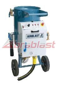 Grit Blasting Machine