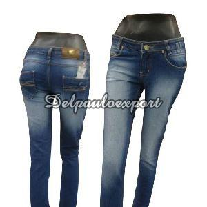 Ladies Relaxed Fit Jeans