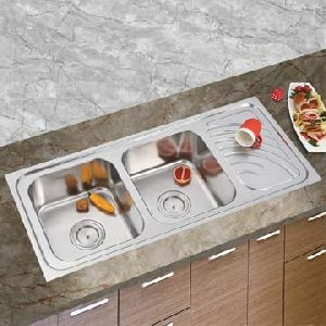 Stainless Steel Double Bowl Sink With Drainboard