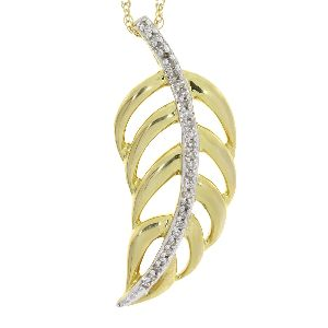 .05 Ct Diamond & 10KT Yellow Gold Pendant