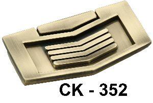 CK-352 Zinc Rajwadi Drawer Kadi