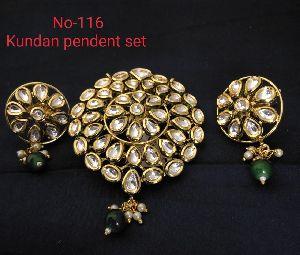Kundan Pendent Set