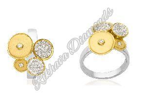 LR-23 Women Diamond Ring