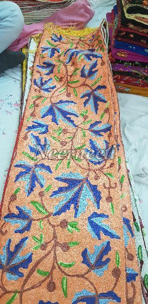 15003 Embroidered Linen Table Runner