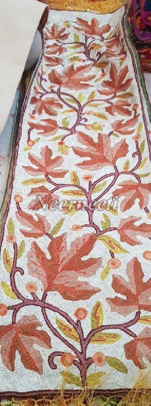 15005 Fancy Linen Table Runner