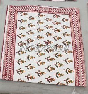 15013 Printed Linen Table Runner