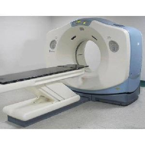 GE Lightspeed 16 Slice CT Scanner Machine