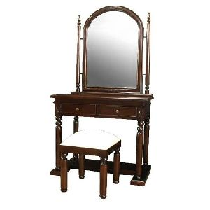 Colonial Dressing Table