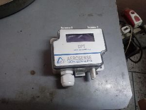 Aerosense Model DPT250-R8-3W-LCD Differential Pressure Transmitter