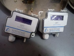 Aerosense Model DPT2500-R8-3W-LCD Differential Pressure Transmitter