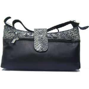 Article No 0796-A Black Ladies Leather Hand Bag