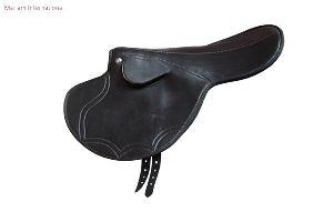 MI 010 Horse Saddles