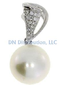 Diamond & South Sea Pearl  Pendant