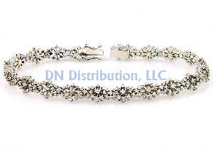 Diamond & White Gold Tennis Bracelet